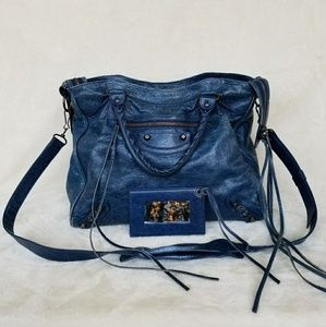 📌SOLD📌Authentic Balenciaga Velo Crossbody Bag